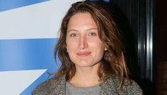 Julia Piaton enceinte : La fille de Charlotte de Turckheim attend son 1er enfant | Buzz People Mag