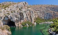 Photo: © Leonid Katsyka / Shutterstock  VOULIAGMENI LAKE (Lake) VOULIAGMENI - GTP