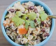 The easiest plant-based recipe you will ever make. Quinoa and beans create the perfect meal packed with protein and fibre. Enjoy Beanoa on its own or as a side dish. Healthy Vegan Snacks, Vegan Appetizers, Healthy Meal Prep, Healthy Eating, Healthy Recipes, Vegan Food, Keto Recipes, Vegetarian Recipes, Keto Meal