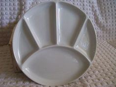 FITZ & FLOYD 4 WHITE DIVIDED LUNCHEON/SNACK PLATES MADE IN JAPAN-NEW IN BOX