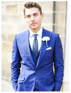 Wedding + Groom   mesmerizing