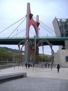 A paso de araña Bilbao Spain