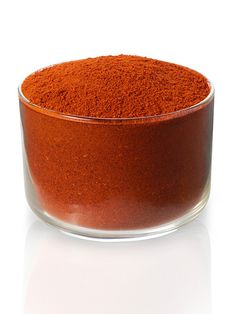 Sweet Red Pepper Powder: The aroma is sweet, with ever-so-slight hints of tomato and raisin. Sweet red pepper powder is mild in heat, and aesthetically, provides strong red tones.