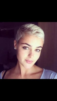 Stefania Ferrario - elegant with super short hair