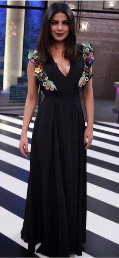141b318040b0 Yay or Nay  what do you guys think of Priyanka Chopra s black v-neck