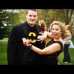 Prom photo ideas. Batman #batman #prom #photoideas