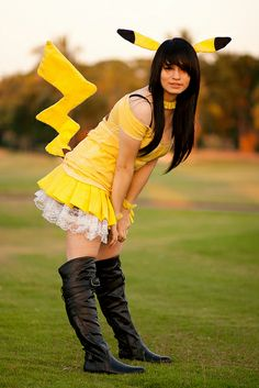 Pikachu Cosplay (Pokemon) by Shuuyy, via Flickr (cute idea for a pikachu cosplay)