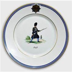 Royal Copenhagen Memorial plate, Uniforms of the Royal Life Guard 1848
