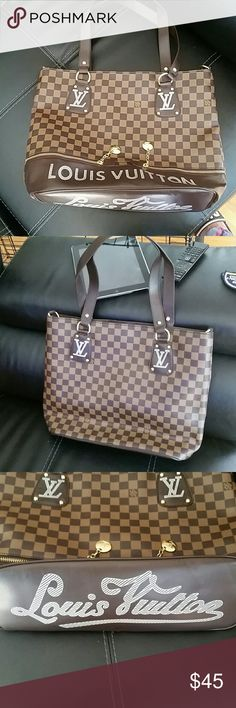 Fashion purse This is NOT AUTHENTIC Louis Vuitton bag,no flaws, brand new LV  Bags