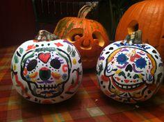 Pumpkin carving Day of the Dead Halloween Make Up, Halloween Pumpkins, Sugar Skull Pumpkin, Day Of The Dead Party, Love Holidays, Pumpkin Decorating, Classroom Activities, Seasonal Decor, Pumpkin Carving