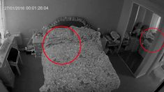 Security Camera Catches Creepy Grudge Ghost in the Mirror Real Paranormal, Paranormal Stories, Paranormal Photos, Creepy Gif, Creepy Ghost, Creepy Videos, Real Ghost Pictures, Creepy Pictures, Ghost Pics
