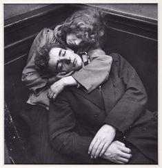 Ed Van der Elsken - Man and Woman Embracing, Paris (Hombre y mujer ...