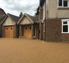 resin bound driveway Resin Bound Driveways, Bespoke, Cabin, Flooring, Contemporary, House Styles, Home Decor, Courtyards, Taylormade