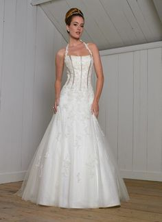 4529 Best Wishes By Reem Acra The Lace Is Perfection Wedding Dress Inspiration Pinterest Aisle Style And Bride Gowns