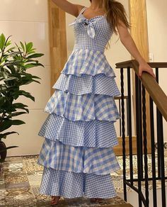 Diy Fashion, Fashion Beauty, Fashion Dresses, Indian Designer Outfits, Classy Dress, Types Of Fashion Styles, Dress Patterns, Casual Looks, Summer Dresses