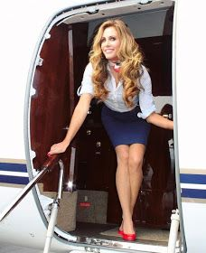 Let your Dreams take Flight. Flight Attendant Hot, Airline Attendant, Tight Pencil Skirt, Tight Skirts, Mode Pin Up, Flight Girls, Pantyhose Outfits, Cabin Crew, Sexy Stockings