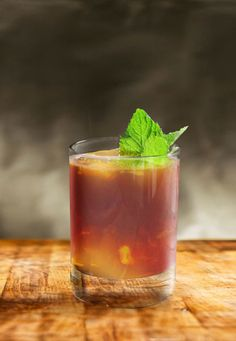 Ingredients:  1 1/2 part Knob Creek® Bourbon  3/4 part Amaro Averna  3/4 part Carpano Antica  2 dashes Bitterman's Xoxolatl Mole™ Bitters  1 barspoon of Simple Syrup  1 Strawberry, sliced  1 Sprig Mint  1. Combine the strawberry and simply syrup in an Old Fashioned glass and muddle.  2. Add the Knob Creek® Bourbon, Amara Averna, Carpano Antica and Bitters with ice to the glass and stir until diluted.  3. Garnish with a sprig of mint.