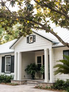 HGTV Dream Home 2017: Front Yard Pictures >> http://www.hgtv.com/design/hgtv-dream-home/2017/front-yard-pictures-from-hgtv-dream-home-2017-pictures?soc=pinterest