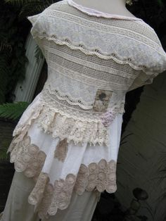 Vintage Kitty shabby chic pretty antique by sistersroseandruby Style Vintage, Vintage Lace, Textiles, Chic Outfits, Fashion Outfits, Romantic Outfit, Altered Couture, Lace Outfit, Altering Clothes