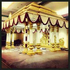 Peli mandapam Marriage Hall Decoration, Wedding Hall Decorations, Engagement Decorations, Indian Wedding Stage, Wedding Stage Design, Indian Weddings, Mandap Design, Backdrop Design, Traditional Wedding Decor