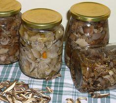 Erdőkóstoló: Erdei gombasavanyú - Gombatartósítás I. Mason Jars, Kitchens, Cilantro, Mason Jar, Glass Jars, Jars