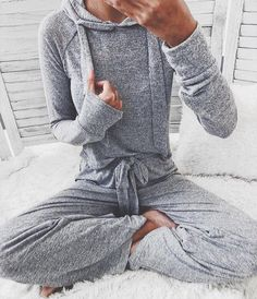 Beachy Outfits Discover Vania Cropped Hoodie and Bottoms Loungewear Set Colors) Vania Hoodie Lounge Set ( Sold in a set: Top & Bottom ) Lazy Day Outfits, Mode Outfits, Casual Outfits, Cute Lounge Outfits, Gym Outfits, Fashion Outfits, Grunge Outfits, Modest Fashion, Fashion Clothes