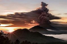 The majestic Mount Agung has erupted once more and it makes everyone in the world worry about Bali. Despite the eruption, activities on the island still going on as usual; children still go to school, market still open, fishermen still go to the ocean to catch fish, and many people take this advantage to capture this rare beautiful moment on video or photograph.  Balinese believe the eruption of Mount Agung is the way of Mother Nature showing her love as it will bring a new life