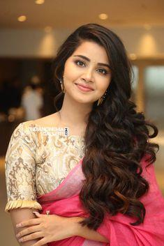 Anupama Parameswaran in pink saree stills (10)