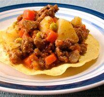El picadillo es uno de los guisados más universales y versátiles de la cocina mexicana.