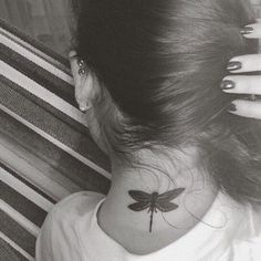 Lauren Jauregui's tattoo ( dragonfly )
