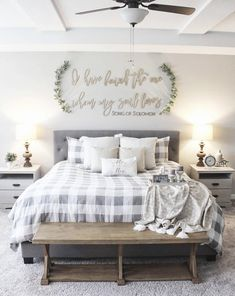 If you are looking for Farmhouse Master Bedroom Decor Ideas, You come to the right place. Below are the Farmhouse Master Bedroom Decor Ideas. Farmhouse Master Bedroom, Home Bedroom, Modern Bedroom, Contemporary Bedroom, Master Bedroom Furniture Ideas, Master Bedroom Decorating Ideas, Apartment Master Bedroom, Bedroom Wardrobe, Bedroom Small
