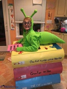 halloween costumes for 3 people Pam: My daughter Kaci is wearing the costume. She calls herself a nerd although not really understanding why people are called that for being smart. We made the books out of. Halloween Mono, Halloween Tags, Theme Halloween, Homemade Halloween, Holidays Halloween, Halloween Crafts, Halloween Recipe, Women Halloween, Halloween Makeup