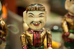 Vietnam Hanoï Théâtre de marionnettes sur l'eau Hanoi, Vietnam, Buddha, Asia, Statue, Puppets, Photographs, Water, Sculptures