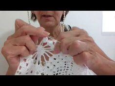 CAMINHO DE MESA PRINCESA #7 - YouTube Crochet Flower Patterns, Crochet Flowers, Crochet Lace, Crochet Hooded Scarf, Ideas Hogar, Beautiful Crochet, Macrame, Diy And Crafts, Projects To Try