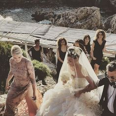 Pin for Later: When You Go to Sleep Tonight, We Guarantee You'll Dream of Giovanna Battaglia's Wedding Dress Her Veil and Floral Headpiece Were Also Pretty Spectacular