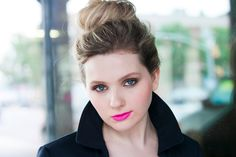 15 Child Stars Who Are Now Adult Millionaires Abigail Breslin  The Oscar-nominated star of Little Miss Sunshine has gracefully transitioned from child to adult actress, now co-starring in the Ryan Murphy show Scream Queens and resting on a $12 million net worth.