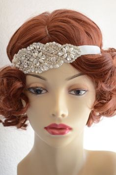 Can be worn as a 1920s headpiece or made as a headband. A beautiful design of pearls and crystal rhinestones.