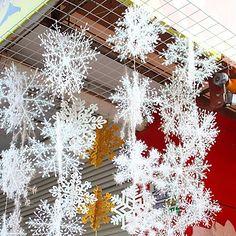 Snowflake Party, White Snowflake, Snowflake Ornaments, Christmas Snowflakes, Hanging Ornaments, Christmas Tree Ornaments, Hanging Decorations, Office Ornaments, Snowflake Craft