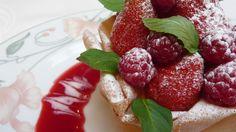 Méli-mélo  fraises et framboises #restaurants #gastronomie #restaurantparis #restaurantfrance #restaurantparis13 #restaurant75013 #france #paris #restauranttraditionnel #petitmarguery