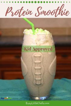 This healthy, no sugar added high protein smoothie is perfect for breakfast, lunch, or an easy after school snack idea. We made this special for the whole family. to stay energized this season. Healthy Smoothies For Kids, High Protein Smoothies, Yummy Healthy Snacks, Smoothie Prep, Delicious Fruit, Fruit Smoothies, Healthy Kids, Smoothie Recipes, Fruit Snacks