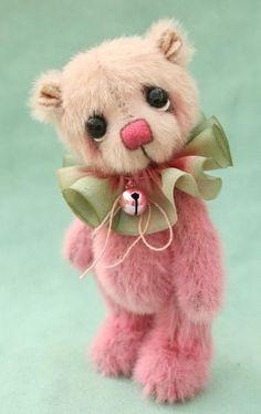 artist miniature teddy bears from pipkins bears                                                                                                                                                                                 More
