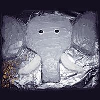 Having Fun With Food – Elephants When it comes to fun recipes with an elephant theme you can, of course, go with your standard elephant shaped cookie. But we wanted to challenge ourselves, so off to the internet we went and here i… Elephant Birthday Cakes, Elephant Party, Elephant Theme, Safari Party, Circus Party, Birthday Fun, Birthday Parties, Cake Birthday, Birthday Ideas
