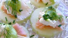 Fresh Cucumber Slices With Smoked Salmon and Wasabi Cream          1 english cucumber      3 12 ozs smoked salmon (thinly sliced)      1 12 tsps lemon juice      12 cup cream cheese (room temperature)      1 12 tsps fresh dill (finely chopped)      1 12 tsps chopped fresh chives (finely)      black pepper (fresh ground, taste)      1 tbsp wasabi powder (paste to taste)      fresh dill (garnish)