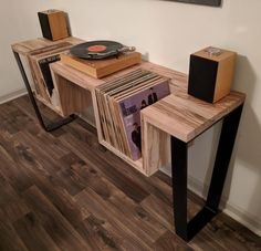How to Make a DIY Record Player Stand (Woodworking Guide) - Cluttter bench design furniture jigs techniques Record Player Table, Record Table, Vinyl Record Player, Record Player Furniture, Record Players, Vinyl Record Stand, Record Player Cabinet, Project Record Player, Lp Player