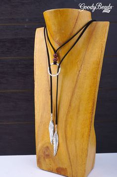3 Ways to Wear DIY Suede and Gemstone Lariat Necklace -