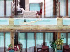 Piscina de vidro: 40 projetos incríveis e de tirar o fôlego Dyi Pool, Studio Arthur Casas, Glass Pool, Hot Tub Patio, Rooftop, Swimming Pools, Windows, Deck, Contemporary