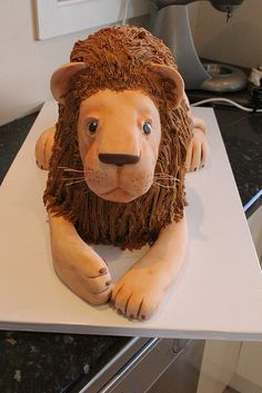 3D Lion cake tutorial 20 by Say it with Cake, via Flickr