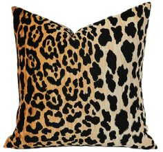"""One Velvet Cheetah print pillow cover made from the famous Braemore """"Jamil, Natural"""" Fabric. Beautiful tones of orange, cream, and black on short cut Cotton Velvet. Same fabric is used on the front and back. Cheetah Living Rooms, Cheetah Bedroom, 20x20 Pillow Covers, Decorative Pillow Covers, Cushion Covers, Leopard Home Decor, Best Pillows For Sleeping, Animal Print Decor, Animal Print Furniture"""