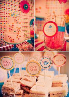 Alice-in-wonderland-birthday-party-food-sweets-cake-printables