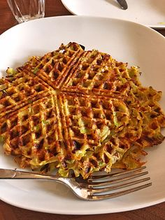 Pfälzer Kartoffelwaffeln Palatine potato waffles, a great recipe from the category Refined & inexpensive. Pancakes And Waffles, Waffle Recipes, Lunch Snacks, Sweet And Spicy, Finger Foods, Food Inspiration, Kids Meals, Food Porn, German Recipes